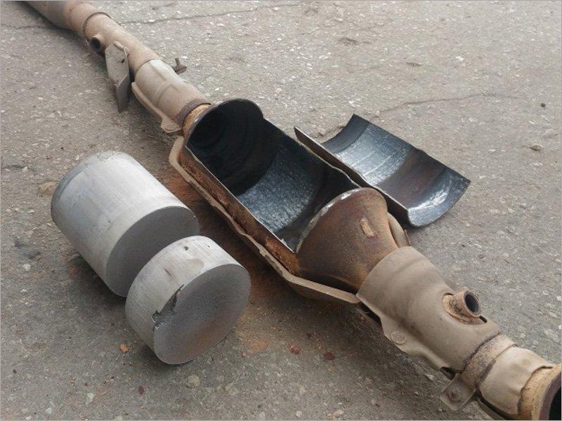 До 45 тыс. рублей за килограмм: зачем скупают автомобильные катализаторы и в чём их ценность?