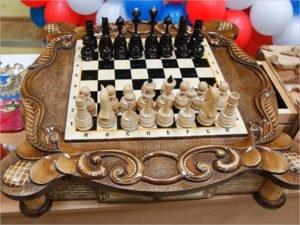 Шахматы из «строгой зоны» признаны лучшей поделкой-2021 – УФСИН