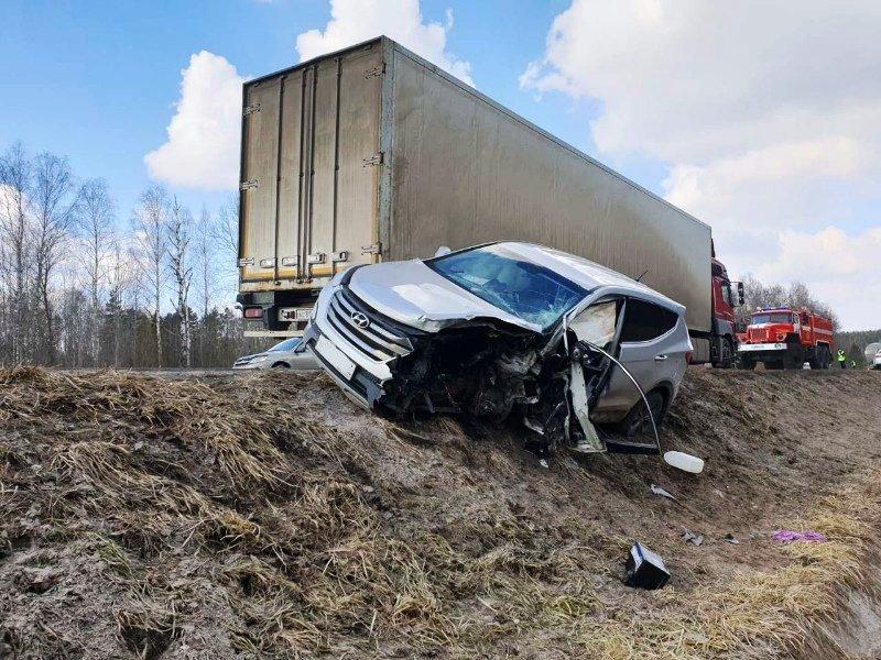 На брянской автотрассе в лобовом столкновении погиб водитель