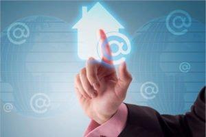 Почти 300 тысяч российских семей оформили электронную ипотеку