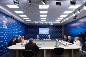 Карелин, Львова-Белова, Мухаметшин: в федеральный оргкомитет праймериз «Единой России» войдут общественники