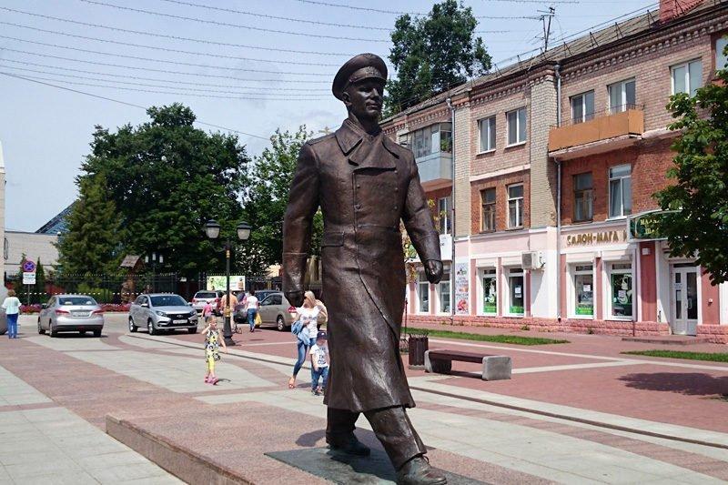 Брянский краеведческий музей пригласил горожан на пешеходную экскурсию о Гагарине