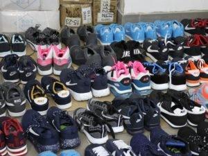Брянская полиция наткнулась на 117 пар контрафактных кроссовок «от продавца-рецидивиста»