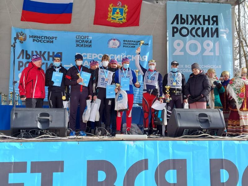 Четверо участников брянской «Лыжни России 2021» получили в подарок от «Единой России» телевизоры