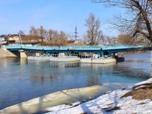 Первую сваю в основание моста через Десну вместо понтонного обещают забить на этой неделе