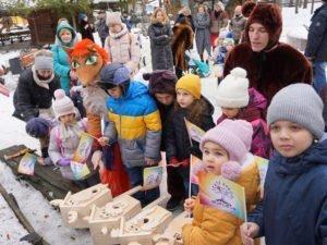 Брянский театр кукол отпраздновал юбилей Агнии Барто и птичье новоселье