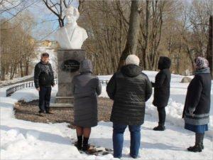 В Овстуге открыт новый экскурсионный маршрут «Памятники Тютчеву»