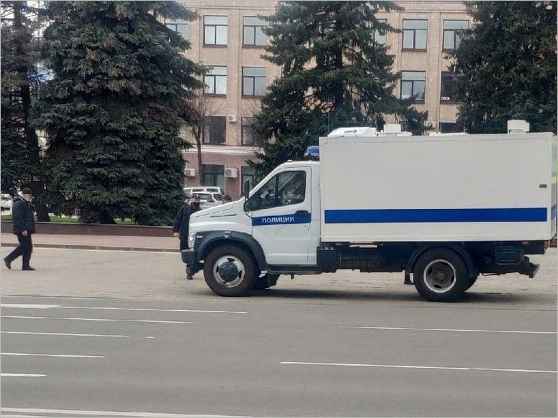 В Брянской области накануне вечерней акции задержаны двое сторонников Навального