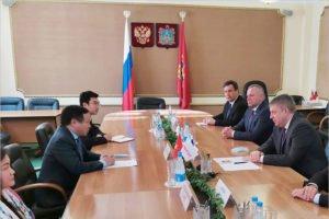Брянский губернатор встречей на дипломатическом уровне поднял в марте свой медиарейтинг