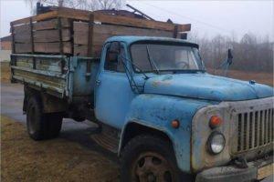 Пограничники задержали в Брянской области белорусский конвой с контрабандным металлоломом