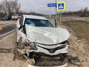 Водитель Camry под Севском получил в ДТП рубленую рану головы