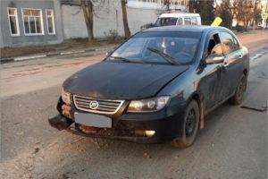 В Карачеве пьяный водитель ночью сбил сразу трёх женщин. У пострадавших — тяжёлые травмы