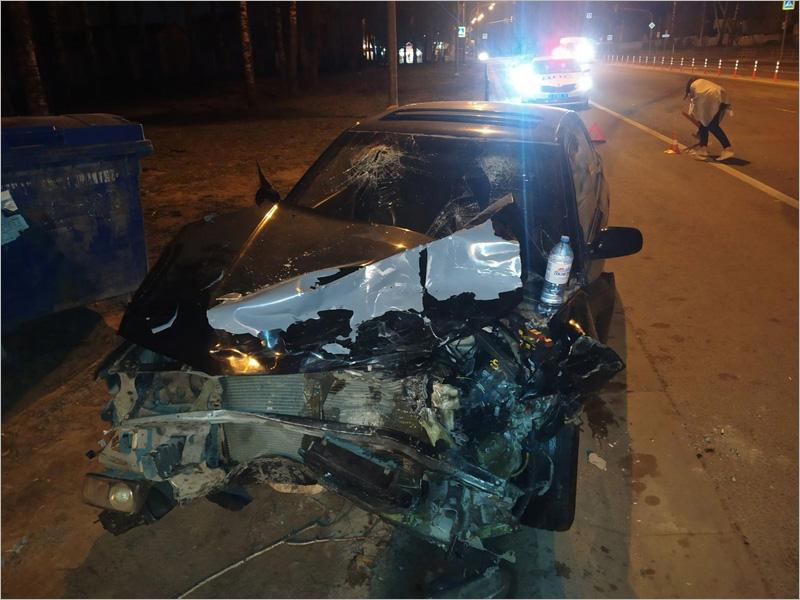 В столкновении двух Subaru под Брянском  разбил лицо пассажир одной из них