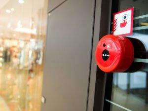 Прокуратура нашла нарушения пожарной безопасности в ТЦ «Командор» и «Европа»
