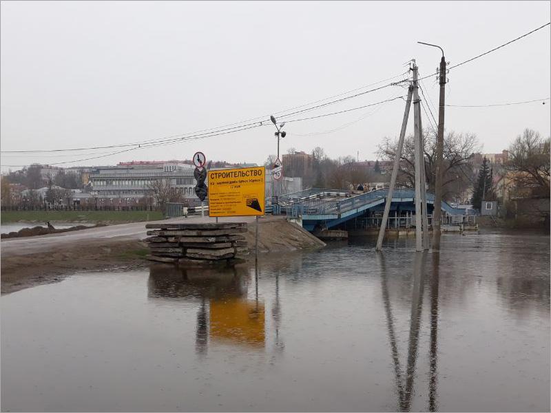 Уровень воды в Десне в Брянске пошёл на спад