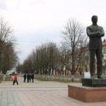 В Брянске начался капремонт сквера имени Игната Фокина. К 125-летию района