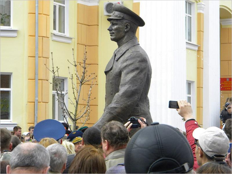 Россия отмечает один из своих главных праздников — День космонавтики