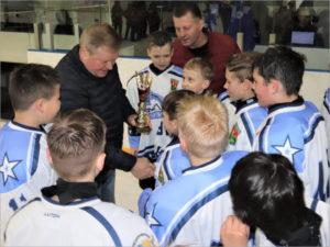 Клинцовский «Луч» завоевал детский Кубок губернатора по хоккею