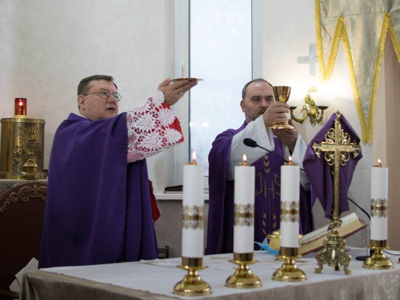 Католики и протестанты во всем мире празднуют Воскресение Христово