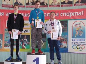 Первенство на призы брянской чемпионки мира по лёгкой атлетике выиграли Лука Кондрашёв и Александр Бабенко