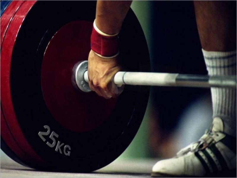 Брянские тяжелоатлеты завоевали три золотых медали на первенстве ЦФО
