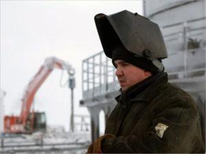 В Брянской области сейчас открыто более 200 вакансий с вахтовым методом работы