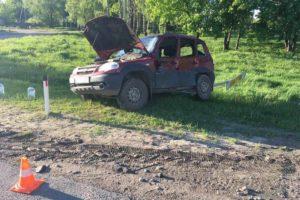 На брянской дороге «Нива» влетела в большегруз