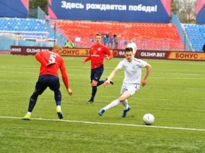 Брянское «Динамо» получило в Хабаровске численное большинство. И проиграло