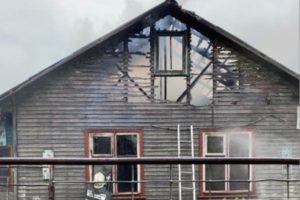 Накануне Дня Победы в Жуковке сгорел жилой дом. Жертв нет