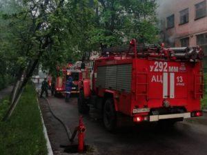 В Брянске горело здание на территории автозавода