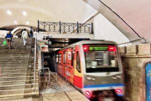 Компания Tele2 первой в России запустила 5G в метро