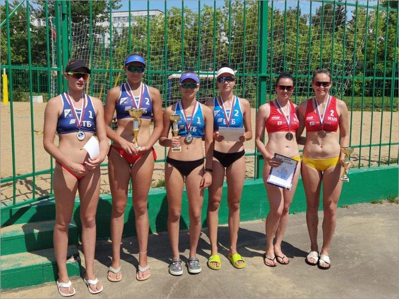 Брянские волейболистки стали третьими на этапе чемпионата ЦФО