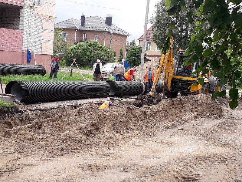 В Брянске строят ливневую канализацию по переулку Металлистов