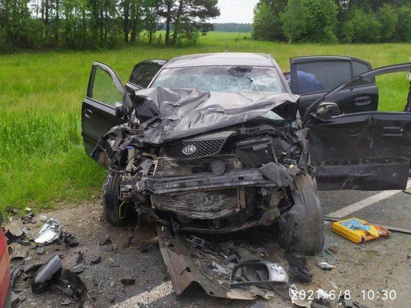 Второму водителю пробило голову — в брянском ГИБДД сообщили о состоянии жертв смертельного ДТП под Климово