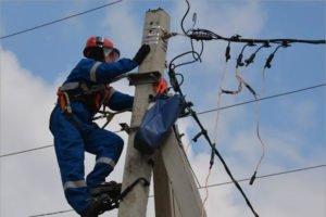 Брянские энергетики оперативно ликвидируют последствия стихии в регионе