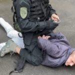 В Брянской области задержаны две группы сбытчиков 5-тысячных фальшивок, одни — местные, вторые — калужане
