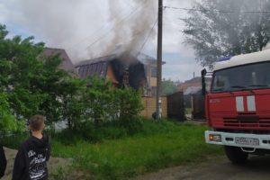 В Брянске сгорел гараж. Жертв нет