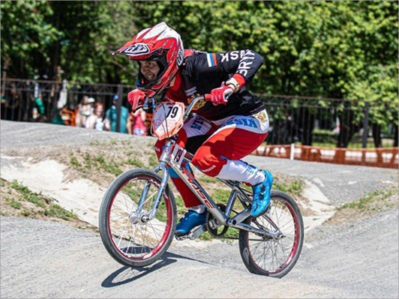 Татьяна Капитанова стала чемпионкой ЦФО по велоспорту BMX