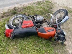 В Дятьково пьяный мотоциклист разбился об Renault Sandero