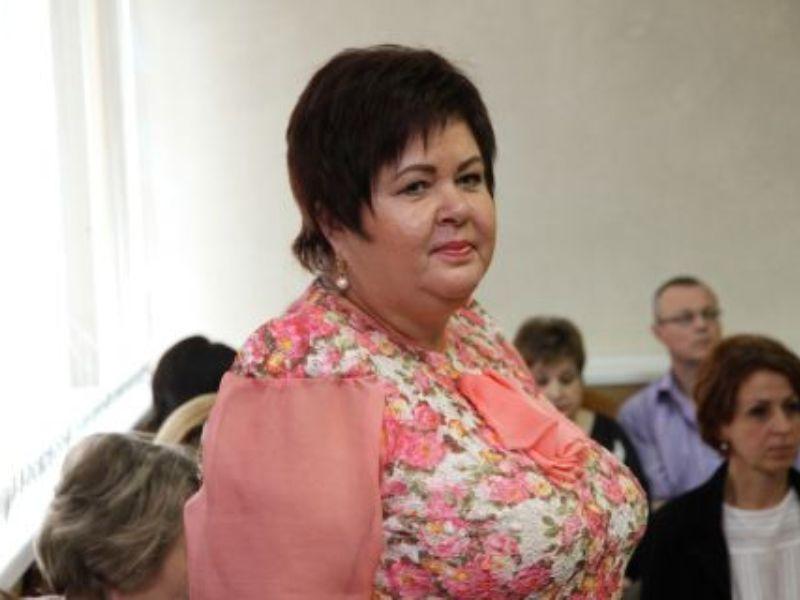 В Брянске приговорена за мошенничество заслуженный работник культуры РФ