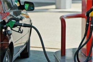 Под конец сентября цены на бензин «опомнились» и вновь начали расти — Росстат