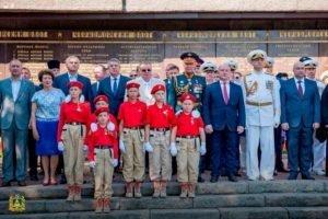 Брянский губернатор отметил День флота в Севастополе