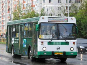 Старейший автобус брянского автопарка работает на маршруте №7
