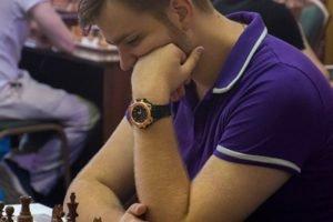 После первого дня на шахматном турнире в Брянске лидирует Дмитрий Андрейкин
