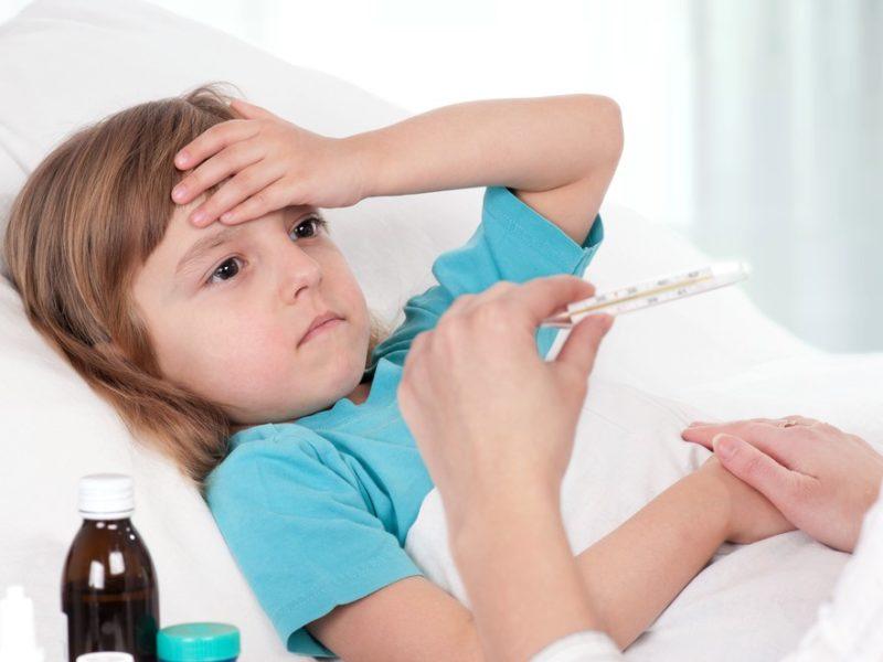 В Брянской области за неделю COVID-19 заразились 137 детей. На фоне снижения заболеваемости