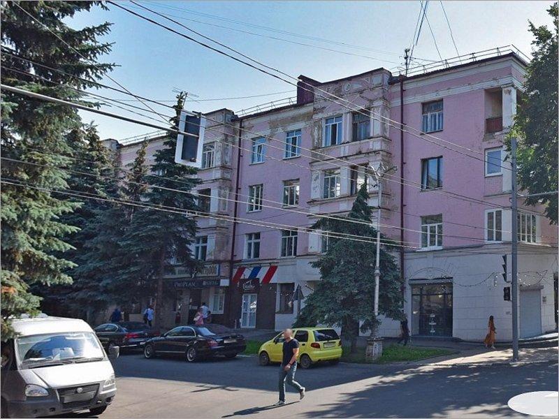 Брянский предприниматель намерен вернуть историю первому многоквартирному дому города