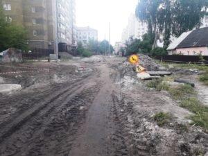 Строительство ливнёвки в Бежице «продирается» сквозь переулок Металлистов