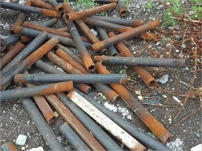 Мглинчанин попал под суд за внезапную кражу трёх центнеров труб