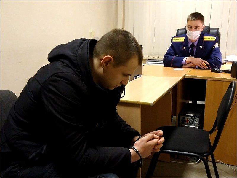 В Брянске пойдёт под суд 19-летний «борец за чистоту русской нации»