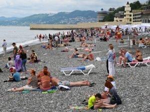 Власти Краснодарского края назвали размер штрафа для непривитых туристов – 30 тыс. рублей